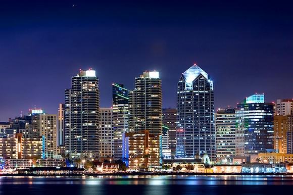 Enfes Gece Fotoğrafları 1167405343_cities_at_night_006