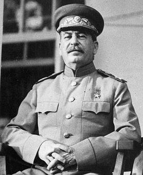 Ипотека Сталина: 1% годовых на 12 лет Stalin_1943