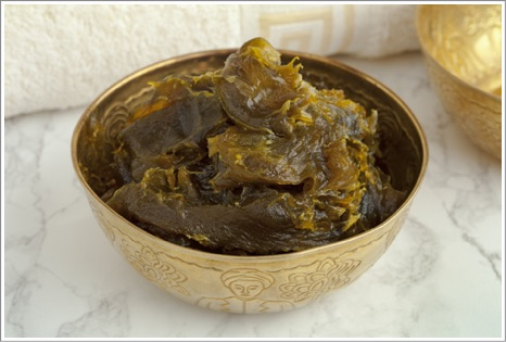 How to make a Moroccan bath in your home step by step Black-soap-eucalyptus