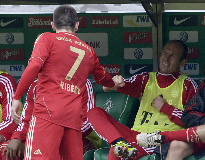ribery - Bild: Ribery and Robben had to be dragged apart by teammates at half time - Page 3 558ba21159b99b80aa8c0c4cc1544946-getty-510410381