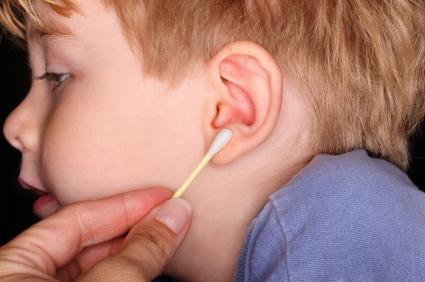 Los oídos se limpian, ¡solos!  IStock-000010295023XSmall_132140