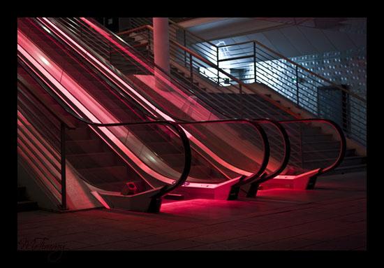 [GALERIE] MrTimmy Escalator_le_ruban_bleu_saint_nazaire_nigth_nuit_mrtimmy_photographie