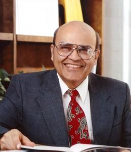 l'Amrit Kalash Maharishi, panacée de la médecine ayurvédique Mak6-259x300