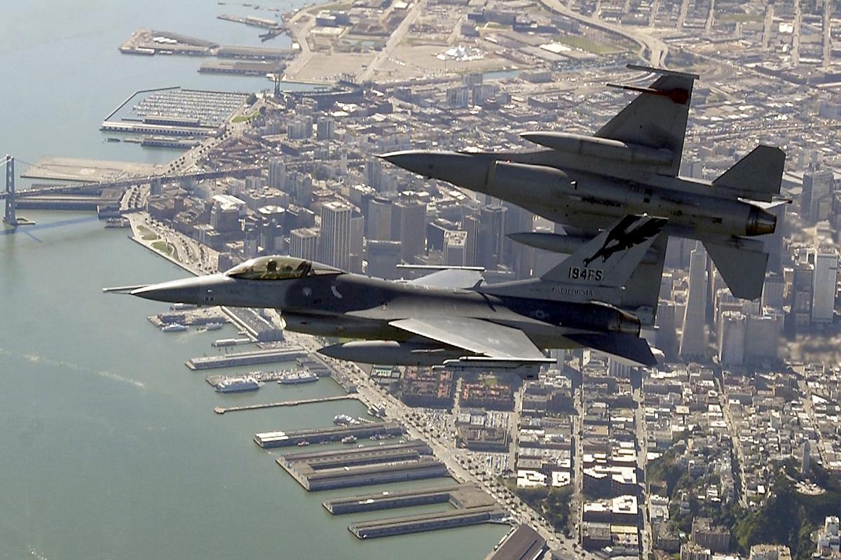 تونس تشتري دبابة leopard و f-16 و عربة الفهد F-16%203