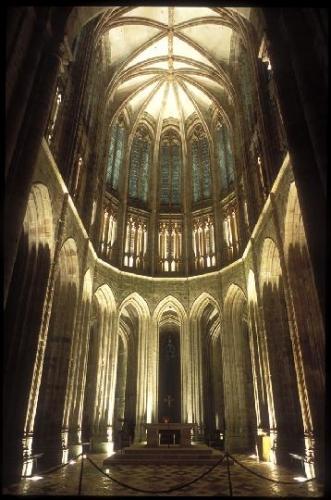 """""""Voici donc treize siècles que le Mont-Saint-Michel existe ! Treize siècles d'histoire. Treize siècles de vie religieuse, politique et militaire 1045203236"""