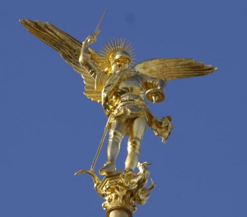 """""""Voici donc treize siècles que le Mont-Saint-Michel existe ! Treize siècles d'histoire. Treize siècles de vie religieuse, politique et militaire 237925882"""