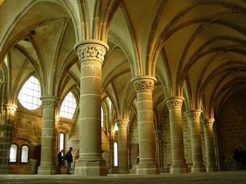 """""""Voici donc treize siècles que le Mont-Saint-Michel existe ! Treize siècles d'histoire. Treize siècles de vie religieuse, politique et militaire 1666550648"""