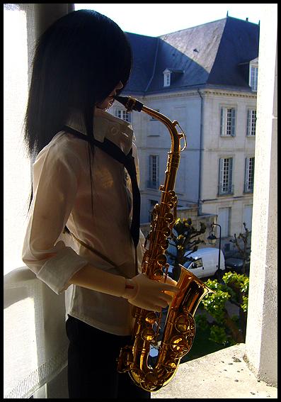 [Chanson d'ami] L'homme au saxophone p.2 - Page 2 02