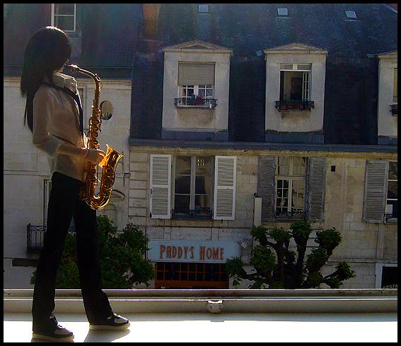 [Chanson d'ami] L'homme au saxophone p.2 - Page 2 03