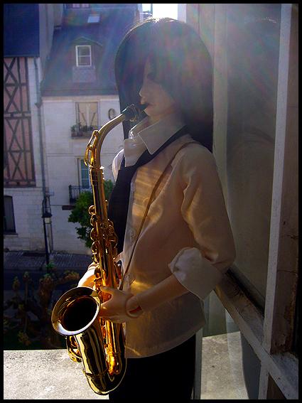 [Chanson d'ami] L'homme au saxophone p.2 - Page 2 04