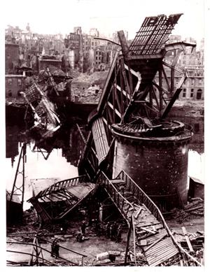 Le pont de Recouvrance à Brest - Page 2 La-mort-du-grand-pont