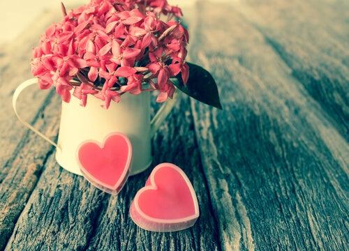 Atrae el amor a tu vida. Shutterstock_170099654