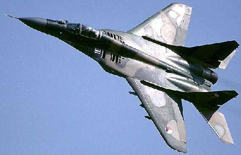 ادخل لتعرف الجزائر  Air_mig-29_lg