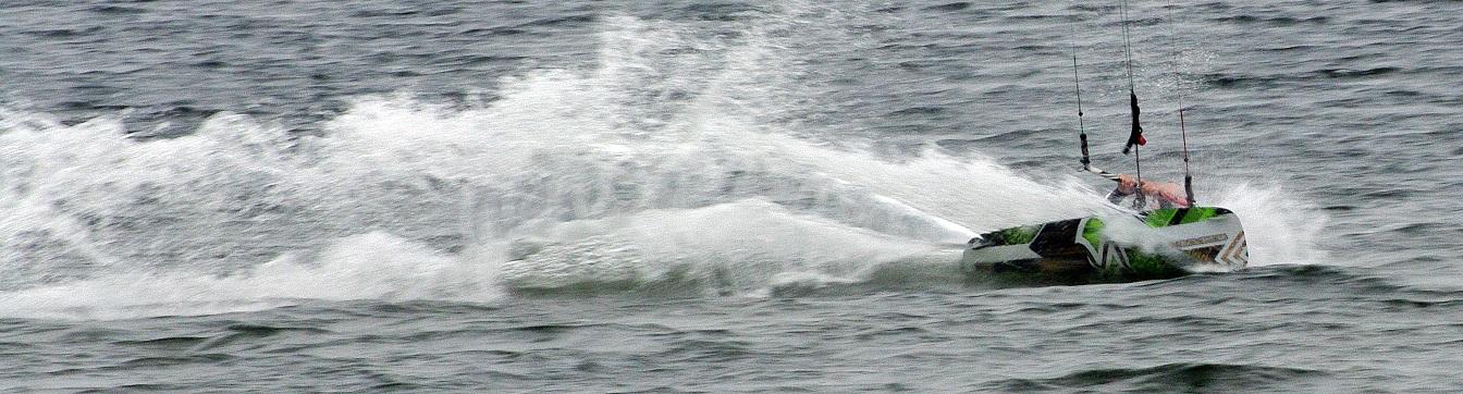 WE test Flysurfer 6-8 sept 2013 1