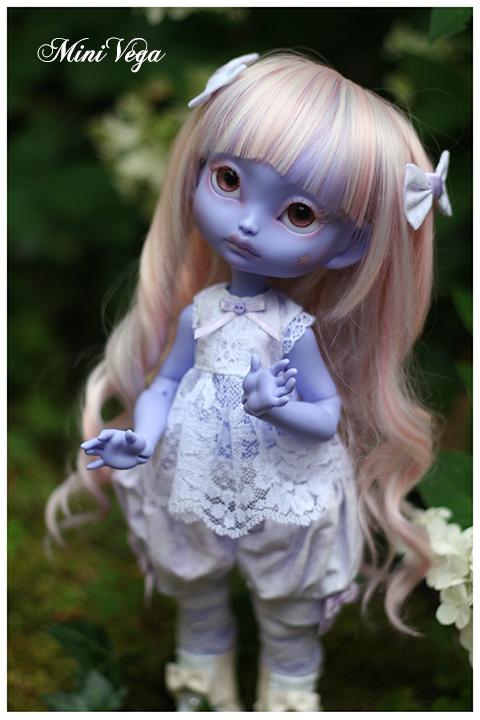 Lila - Encore plus mignonne [CERISEDOLLS Poulpy purple] p.7 - Page 6 Regard4