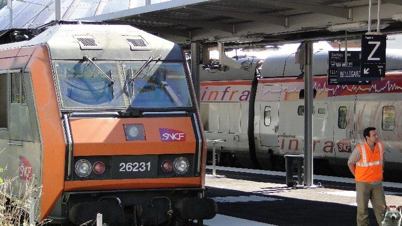 Essais techniques sur la ligne du Haut-Bugey - 01/09/2010 0012