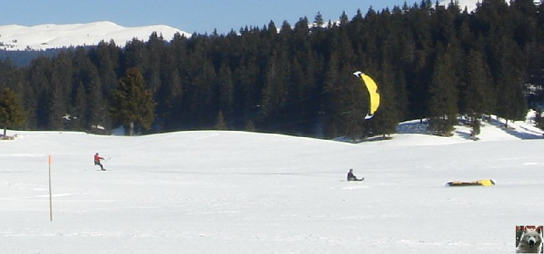 Dans les mains d'Eole - Windsurf à Bellecombe (39) - 8 mars 2010 0007