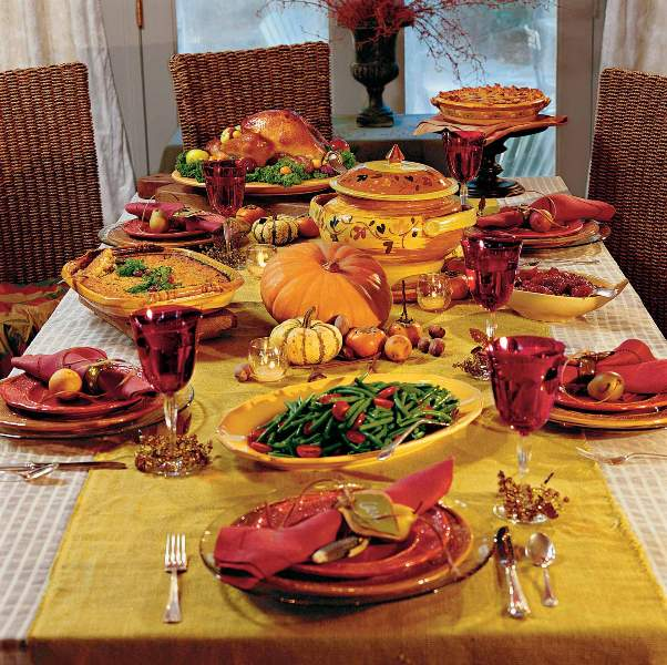 HAPPY THANKSGIVING DAY! Thanksgiving-feast