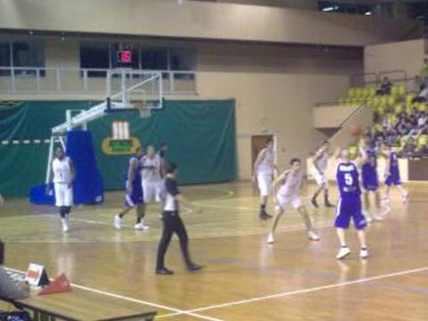 1/4 Finale P-O / Match RETOUR/ Ven 11/05/12 : MONACO - FCMB : 76 - 65 - Page 15 Asm7
