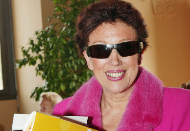 Facebook, Twitter... - Page 15 Roselyne_bachelot_reference