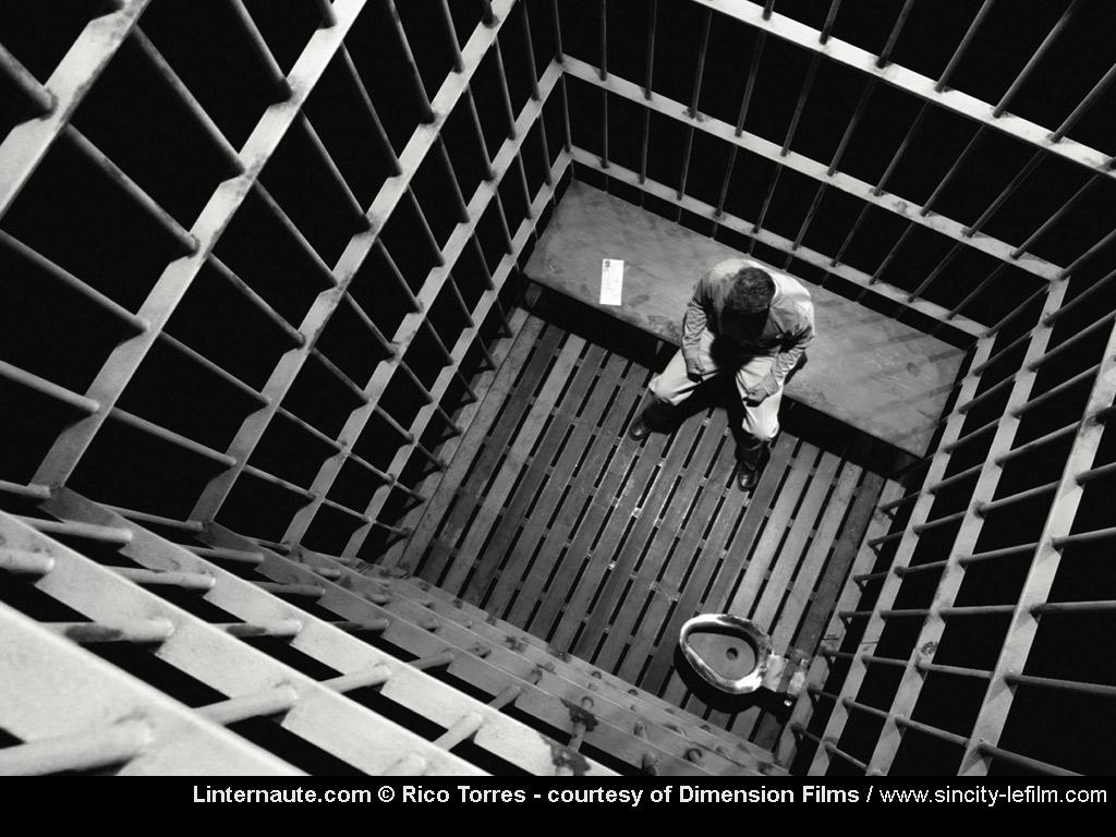 Le coin des déséspérés - Page 3 Prison