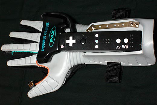 micro pour programmer - Page 6 Power_glove