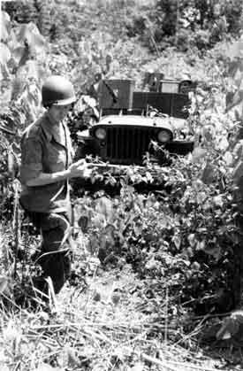 Un peloton original et peu connu :  Le peloton de jeeps blindées du 9ème escadron du 1er REC  (Laos - mai-novembre 1953) . RC13