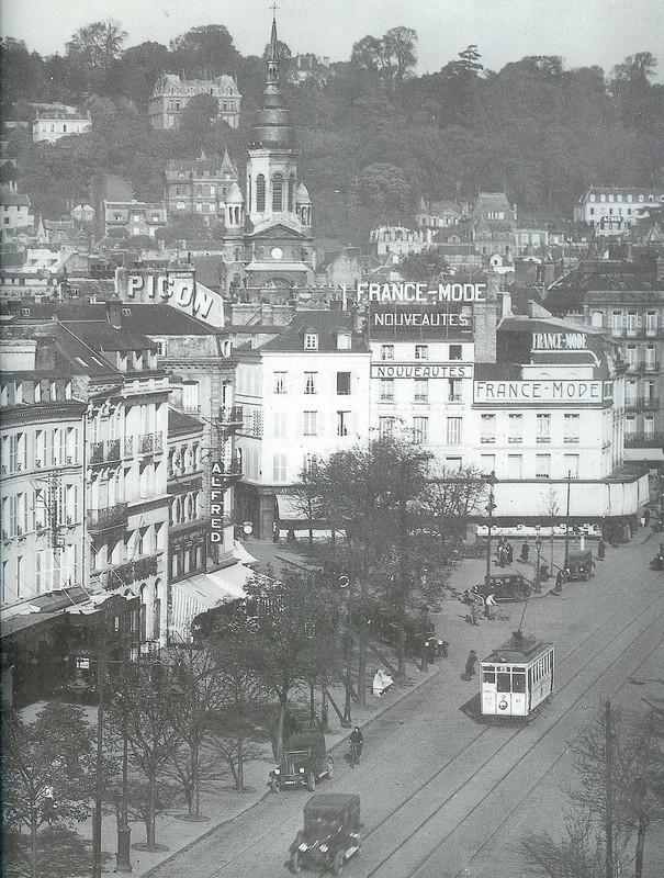Photos historiques du réseau havrais (bus, tram, funi...) Num_riser0080