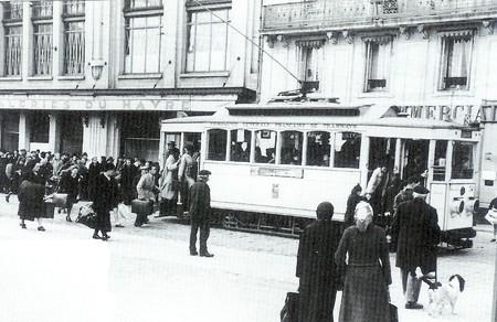 AMTUIR : Le réseau du Havre en cartes postales... T-Num_riser00283