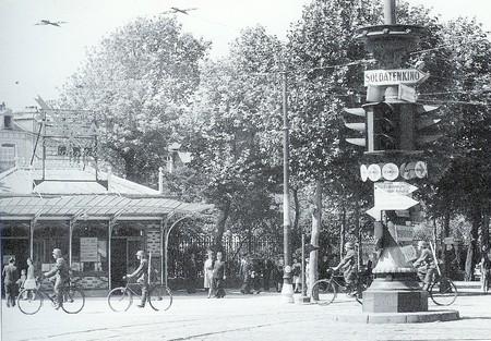 AMTUIR : Le réseau du Havre en cartes postales... T-Num_riser00312