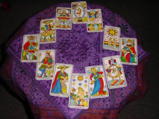 Les Tarots Divinatoires 2e569d3d