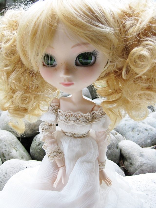 Mes 22 filles (Pullips) - Page 2 Photo2201