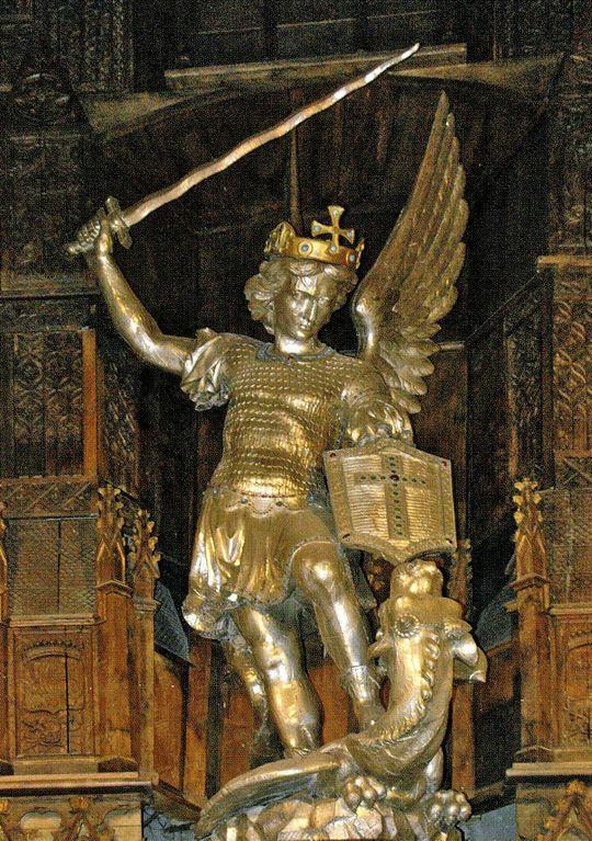 Le Vatican se réjouit du coronavirus ??? SaintMichelArchange