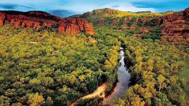 En Australie, un Aborigène déjoue les projets de mines d'uranium d'Areva Five-best-escape-jan-13