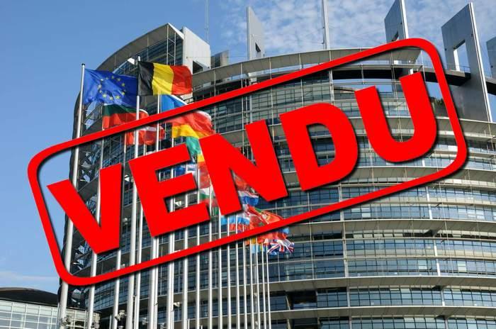 Europe, Trilatérale, mondialisme, soyez un conspirationniste : tôt ou tard, vous serez forcément dans le vrai - Page 3 UE-vendue