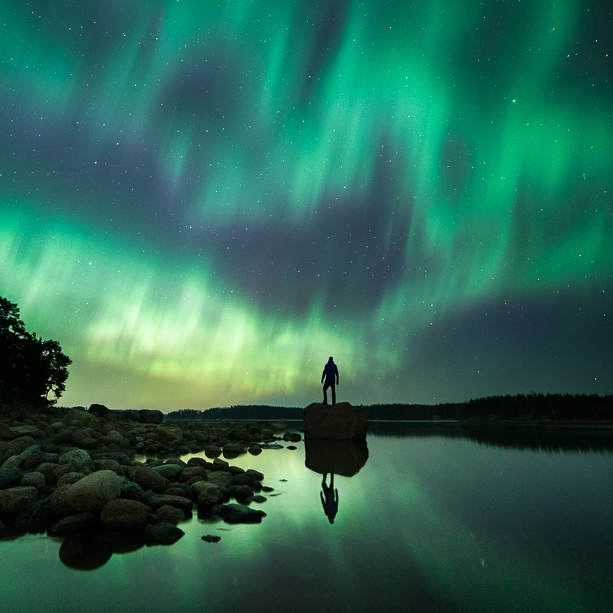 Oh nuit ! qu'il est profond ton silence... Stars-night-sky-photography-self-taught-mikko-lagerstedt-23