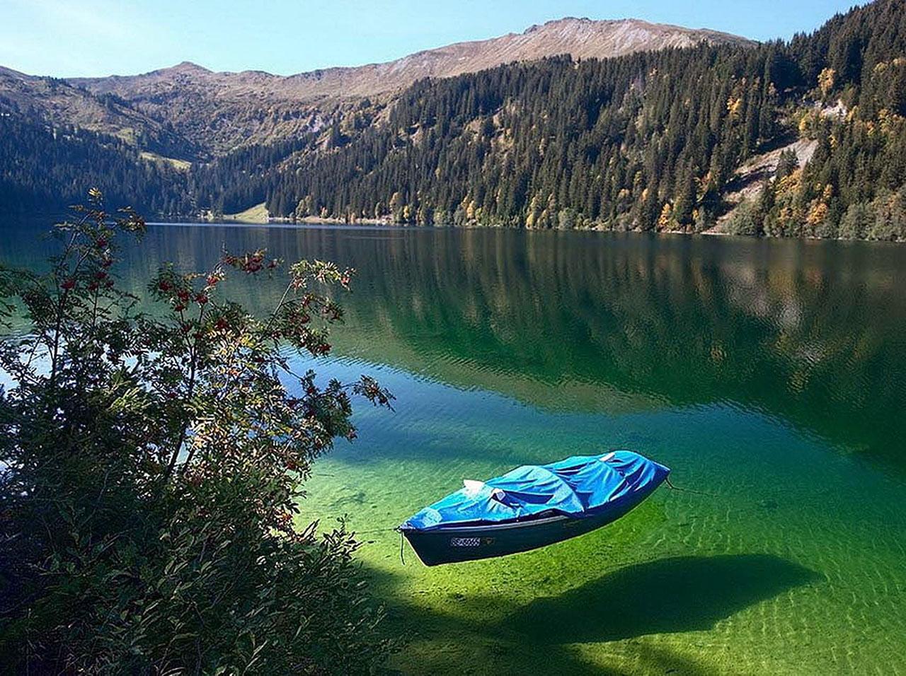 Aucun trucage dans ces photos incroyable du lac Grüner See Le-lac-Gruner-See-Etat-de-Styrie-Autriche-photo-10