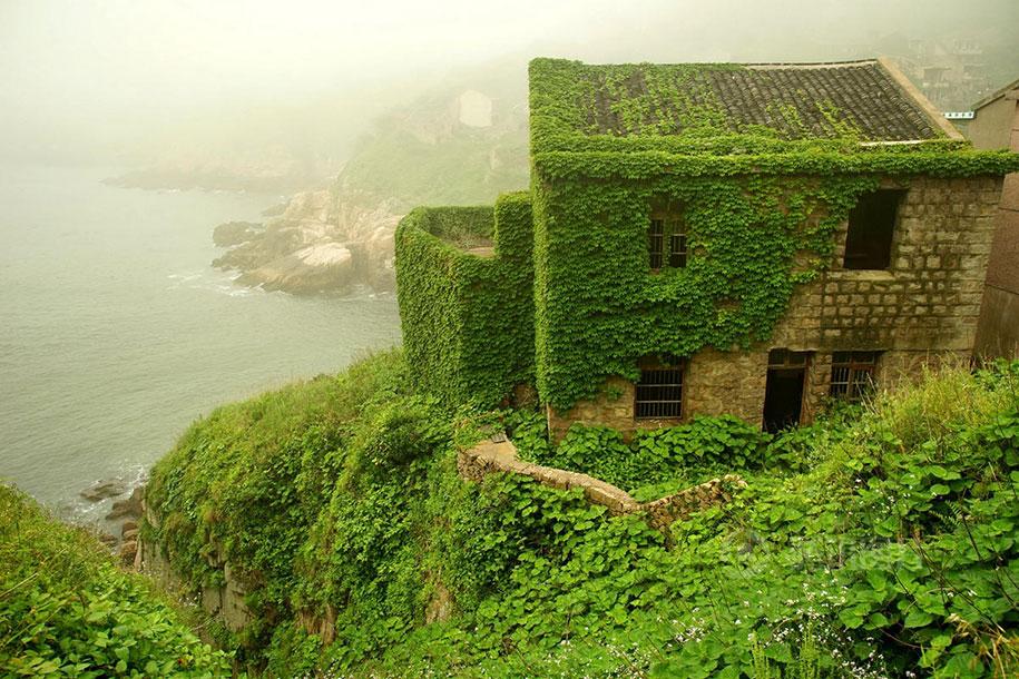 C'est de toute beauté : sites et lieux magnifiques de notre monde. Abandoned-fishing-village-goqui-island-shengsi-zhoushan-china-tang-yuhong-1