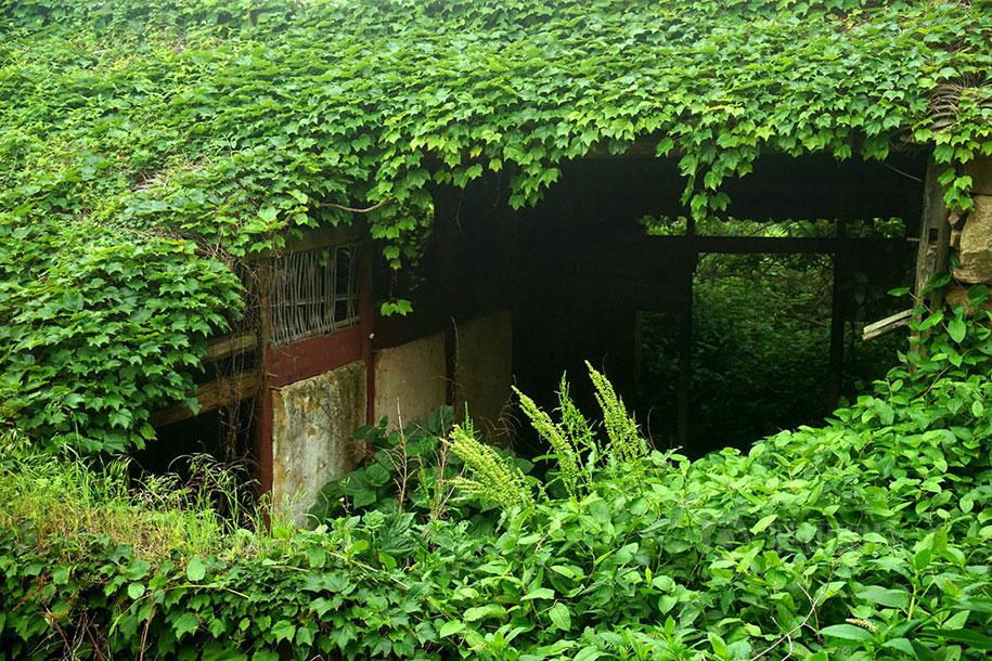 C'est de toute beauté : sites et lieux magnifiques de notre monde. Abandoned-fishing-village-goqui-island-shengsi-zhoushan-china-tang-yuhong-5