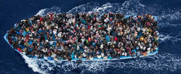 Migrants: Faire appel à l'émotionnel, est ce bien raisonnable? Migrant-Boat