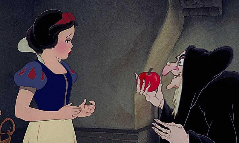 Près de 40 substances trouvées sur des pommes vendues en grandes surfaces Snow_White_the_Witch_and_the_apple