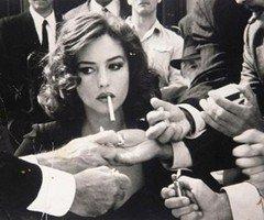 [Portrait] Découvre les écrivain(e)s de JE - Page 18 Femme-qui-fume