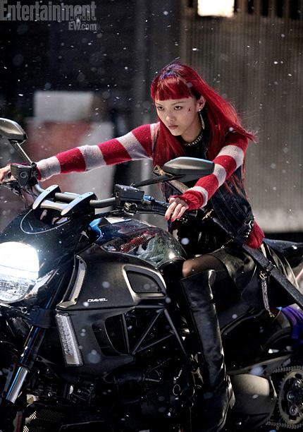 La moto au cinéma - Page 2 The-wolverine-le-combat-de-l-immortel-image-yukio-moto