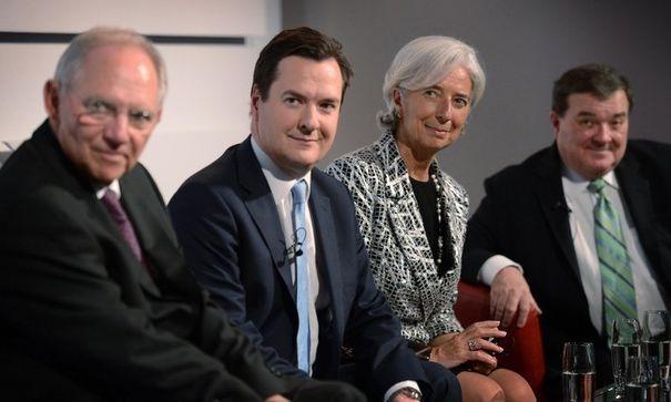 pour - Entre 20 et 30.000 milliards de dollars cachés dans les paradis fiscaux 782104_christine-lagarde-entouree-de-g-a-d-des-ministres-des-finances-allemand-wolfgang-schauble-anglais-george-osborne-et-canadien-jim-flaherty-le-9-mai-2013-a-londres