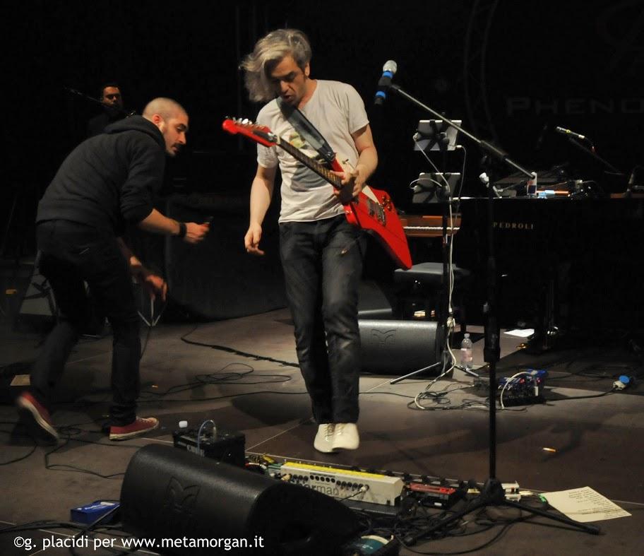 FOTO E VIDEO DEI LIVE - Pagina 41 MMB_0070