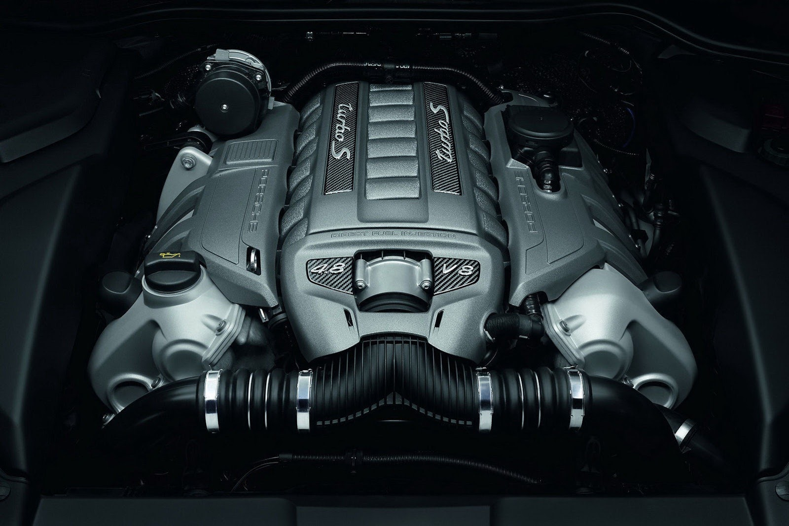 2010 - [Porsche] Cayenne II - Page 15 Porsche-Cayenne-Turbo-S-53