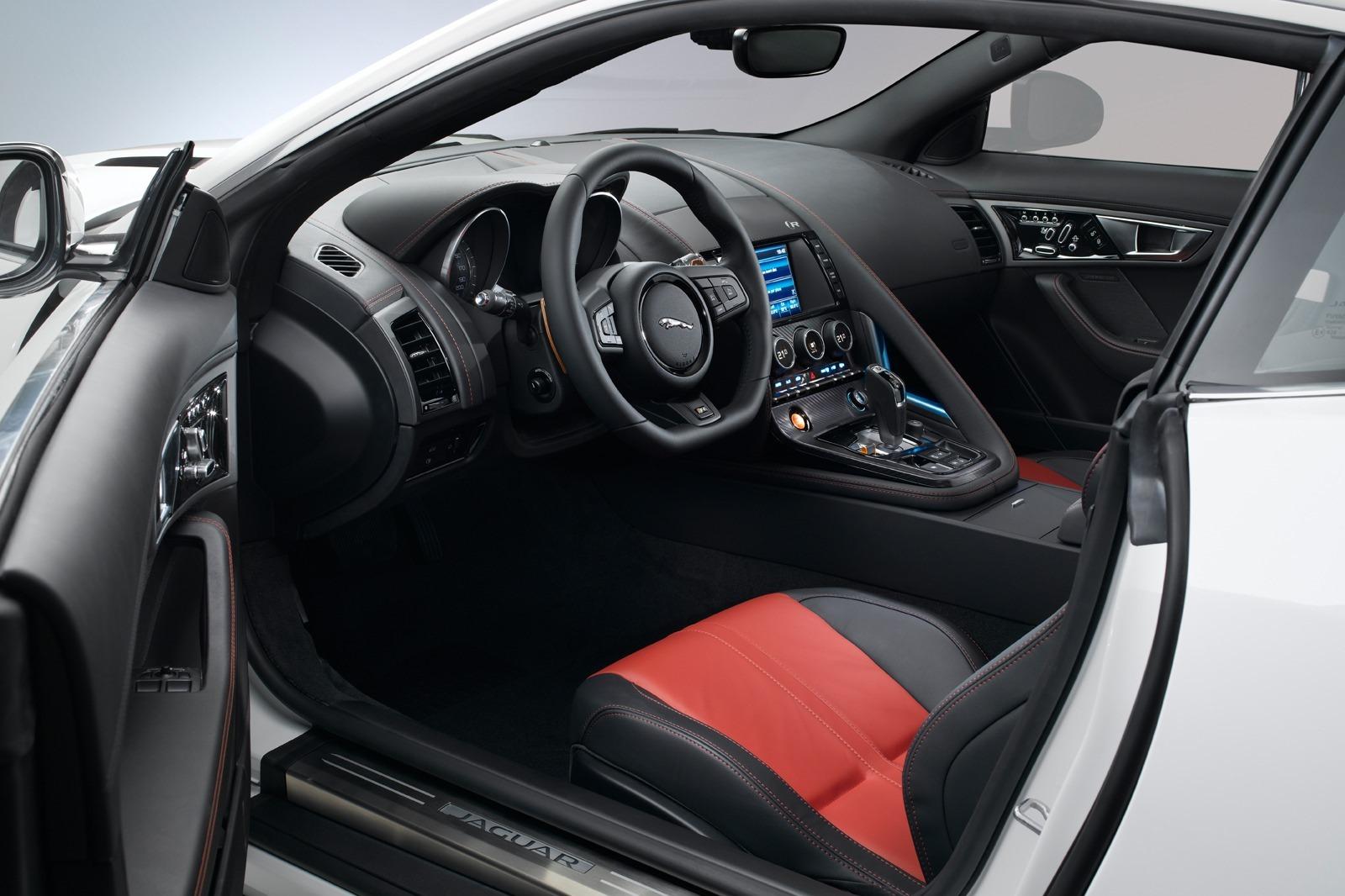 2012 - [Jaguar] F-Type - Page 12 New-Jaguar-F-Type-Coupe-67%25255B2%25255D