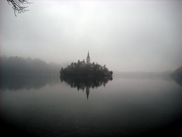 Kroz maglu...  DSCF0336