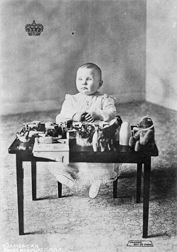 La Casa de Orange: Willem III, Wilhelmina I y Juliana I. - Página 3 421px-Prinses_Juliana_-_1910