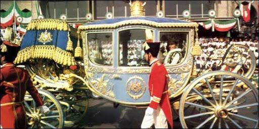 Carruajes, vehículos y veleros reales - Página 2 4_farah_coronation26